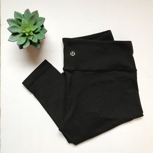 Lululemon Black Workout Leggings 🖤